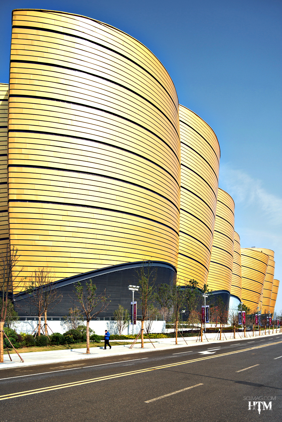 entertainment-buildings-open-wuhan-china-05