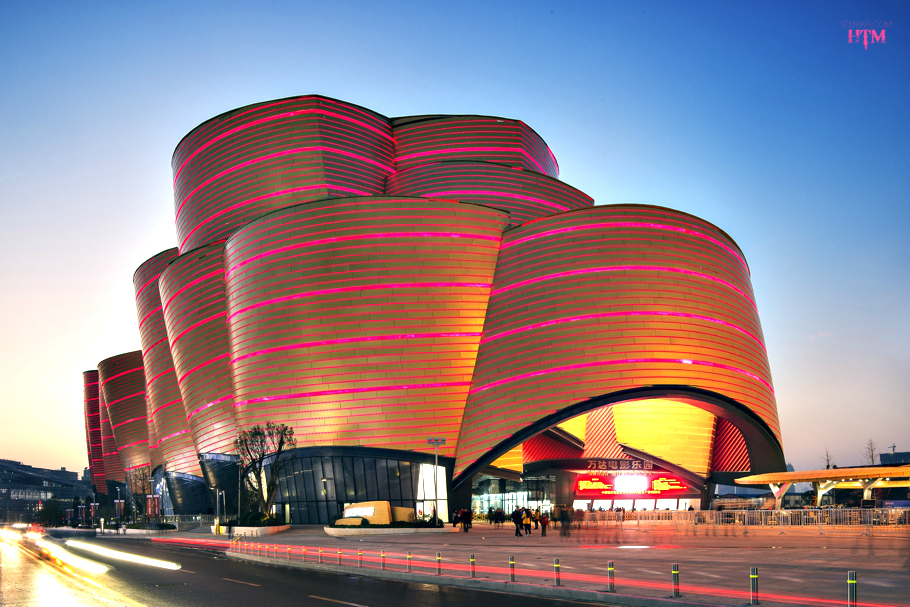 entertainment-buildings-open-wuhan-china-06